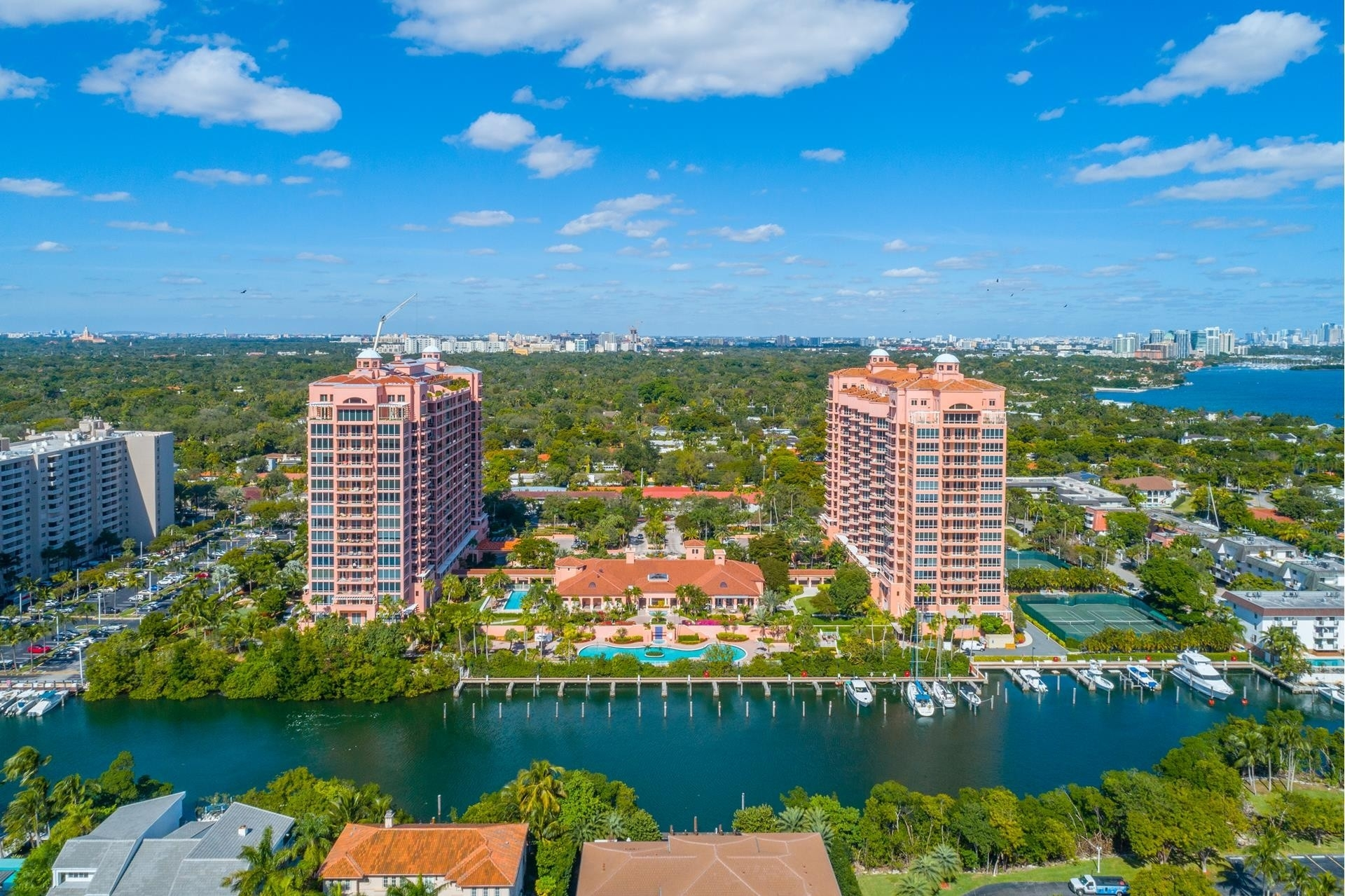 Condominium for Sale at 60 Edgewater Dr , TS-E Coral Gables, FL 33133