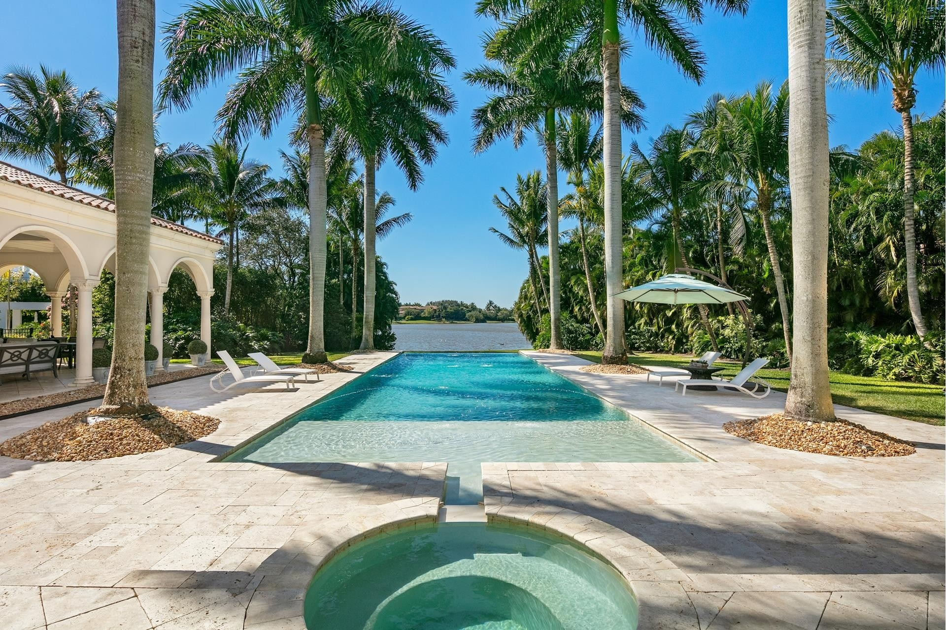32. Single Family Homes for Sale at Boca Raton, FL 33496