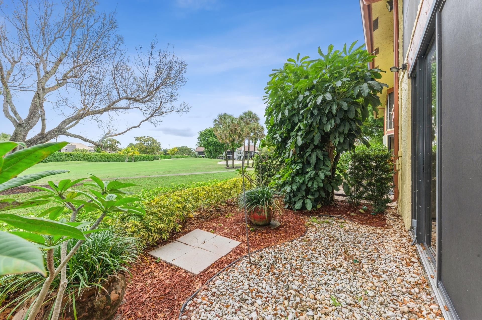 19. Single Family Townhouse for Sale at 5335 10th Fairway Drive , 1 Boca Delray, Delray Beach, FL 33484