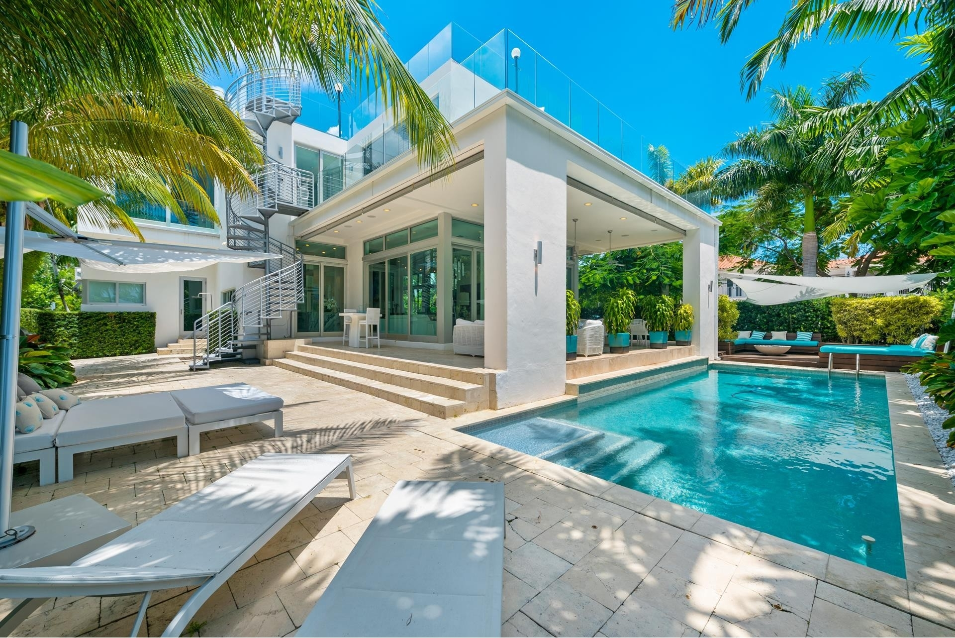 7. Single Family Homes pour l Vente à Hibiscus Island, Miami Beach, FL 33139