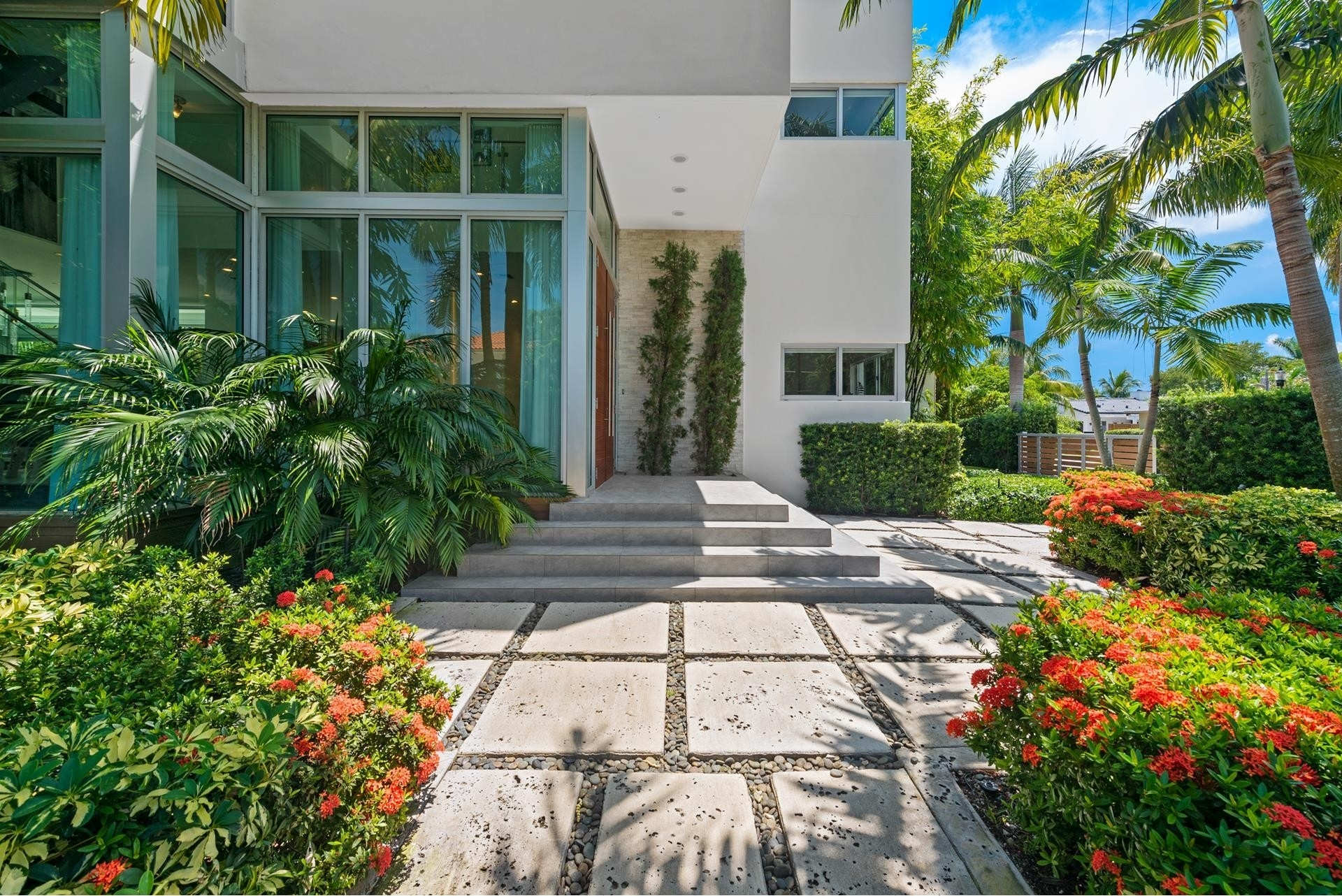 23. Single Family Homes pour l Vente à Hibiscus Island, Miami Beach, FL 33139