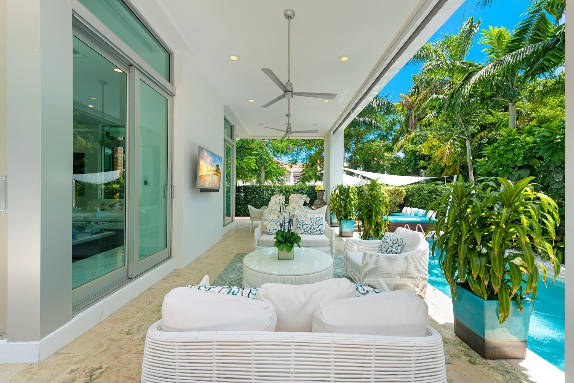 13. Single Family Homes pour l Vente à Hibiscus Island, Miami Beach, FL 33139