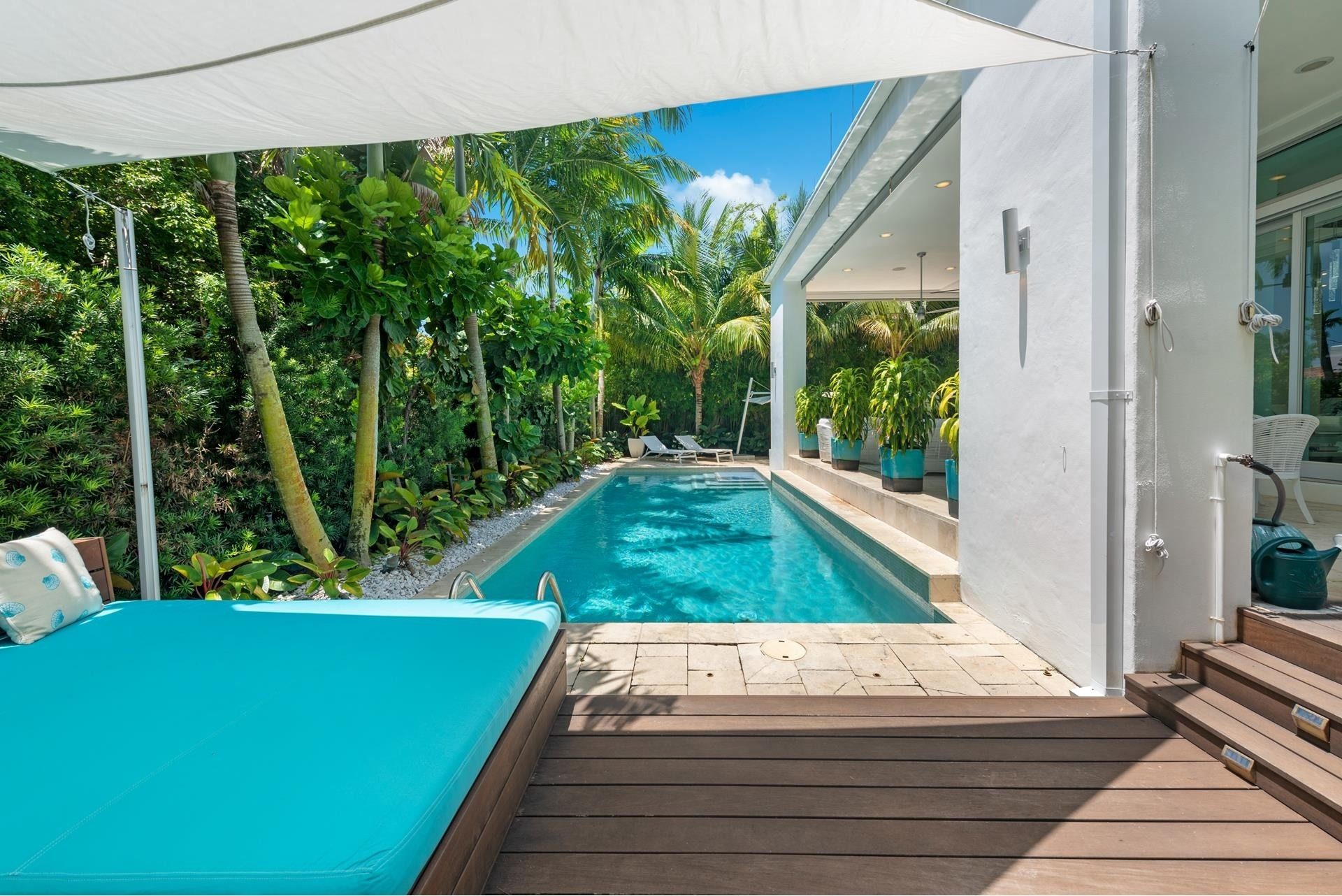 9. Single Family Homes pour l Vente à Hibiscus Island, Miami Beach, FL 33139