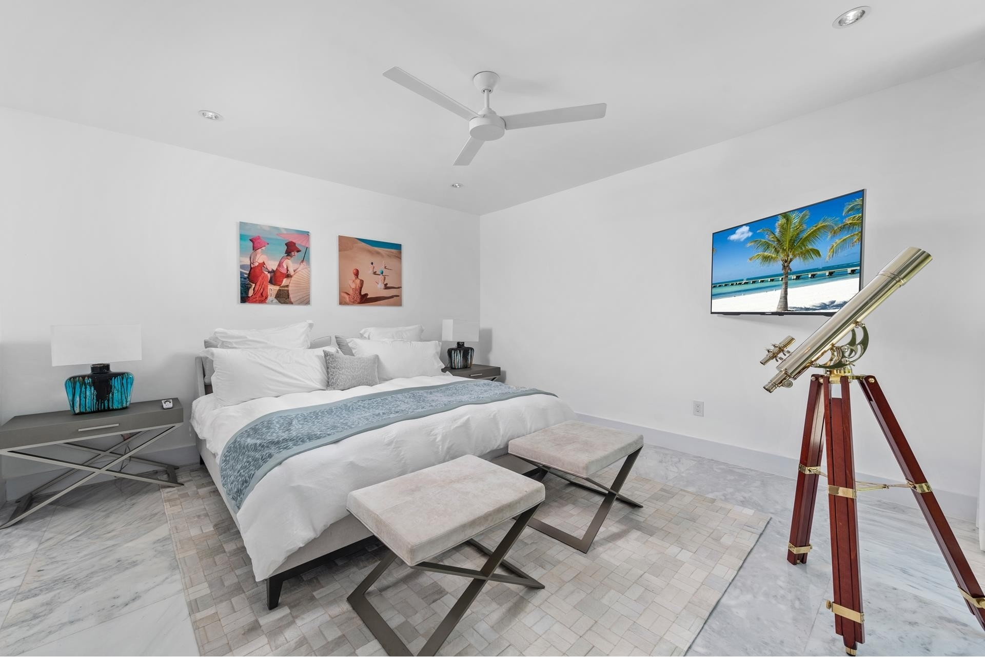 34. Single Family Homes pour l Vente à Hibiscus Island, Miami Beach, FL 33139