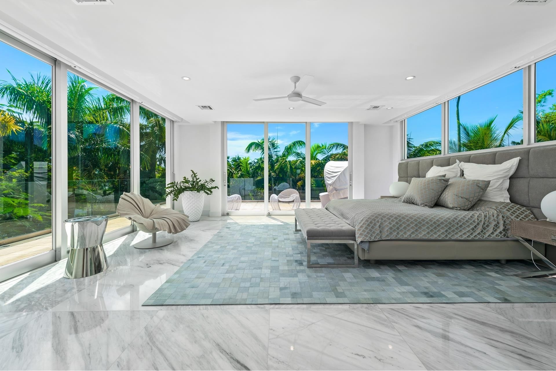 28. Single Family Homes pour l Vente à Hibiscus Island, Miami Beach, FL 33139