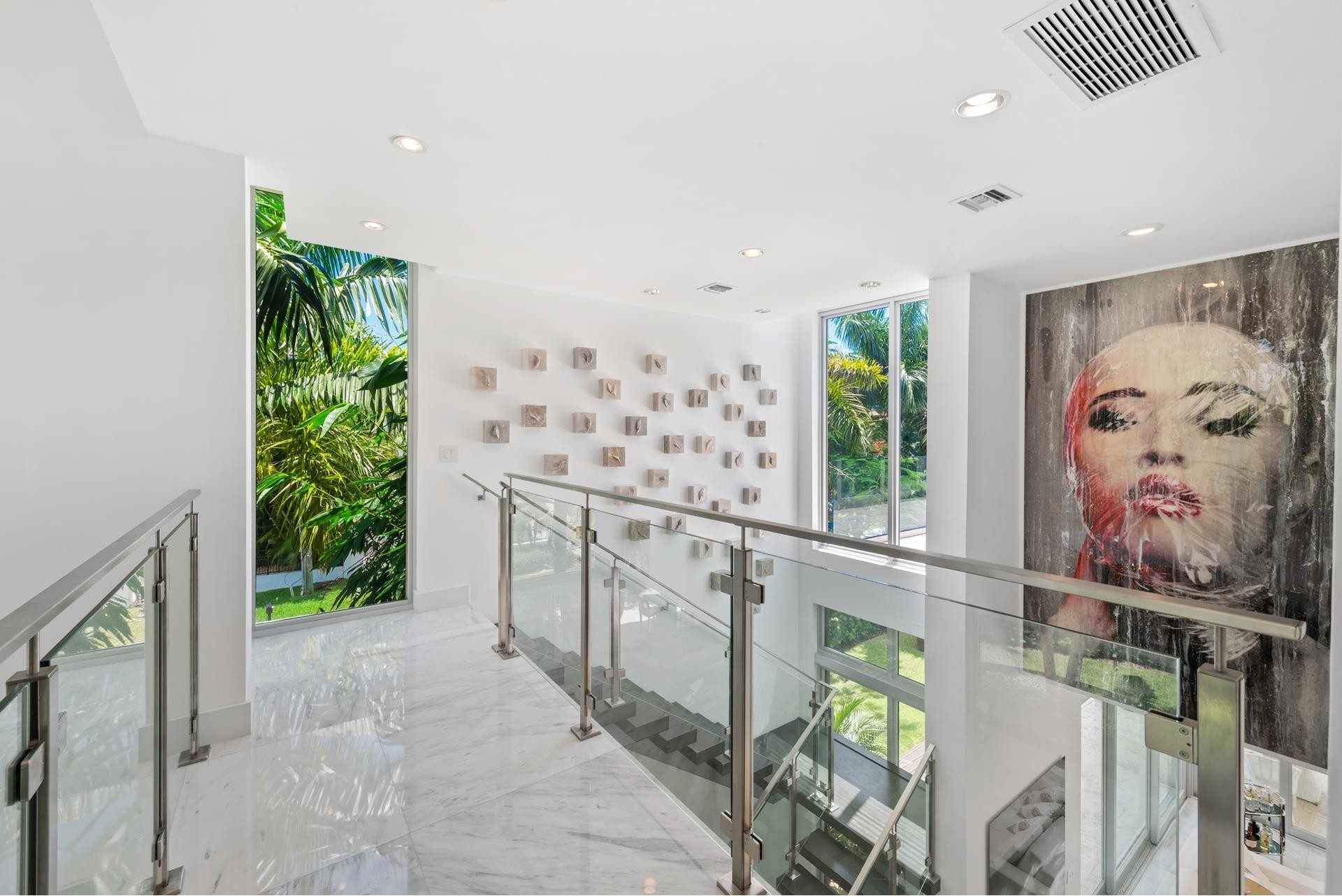 24. Single Family Homes pour l Vente à Hibiscus Island, Miami Beach, FL 33139