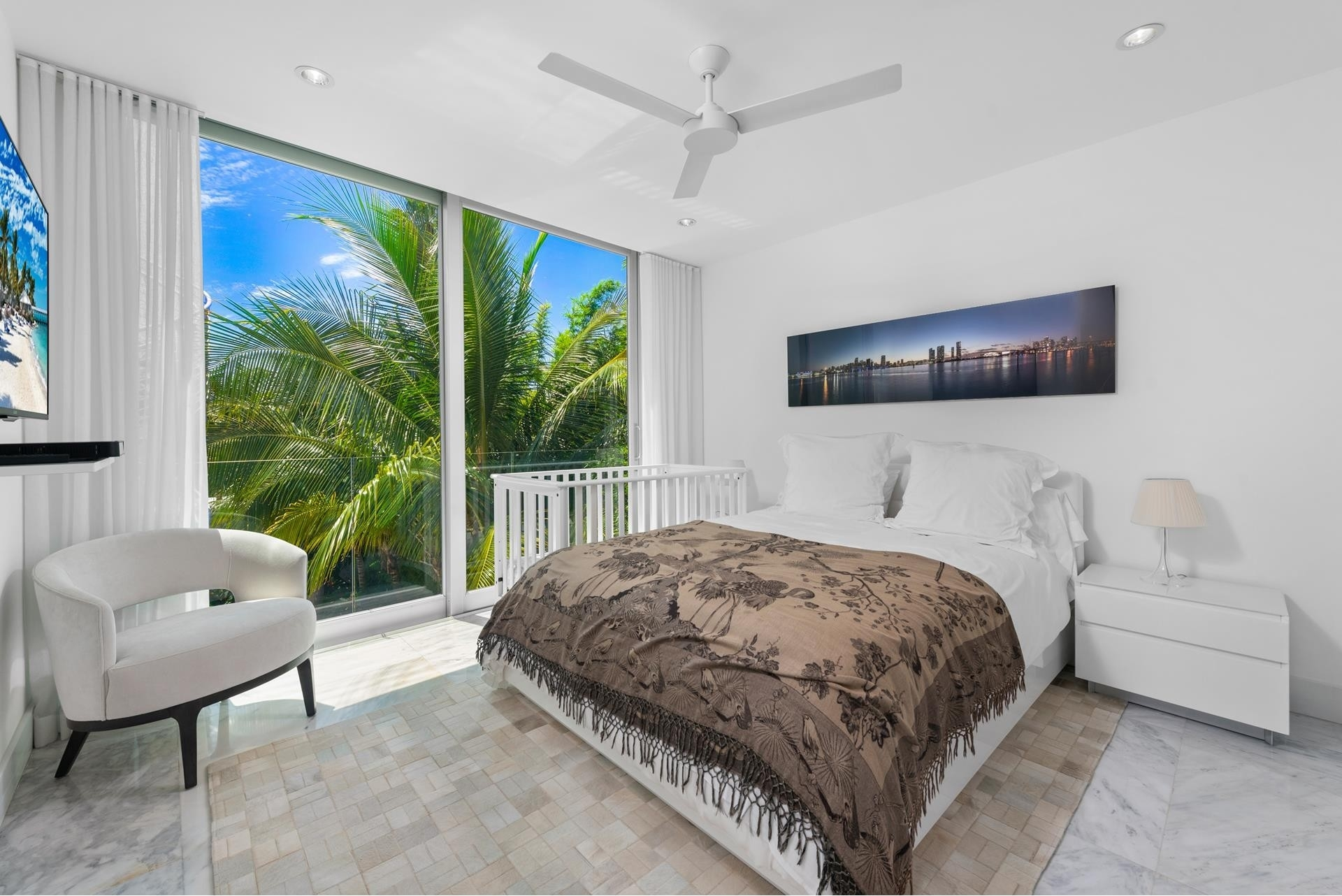 32. Single Family Homes pour l Vente à Hibiscus Island, Miami Beach, FL 33139