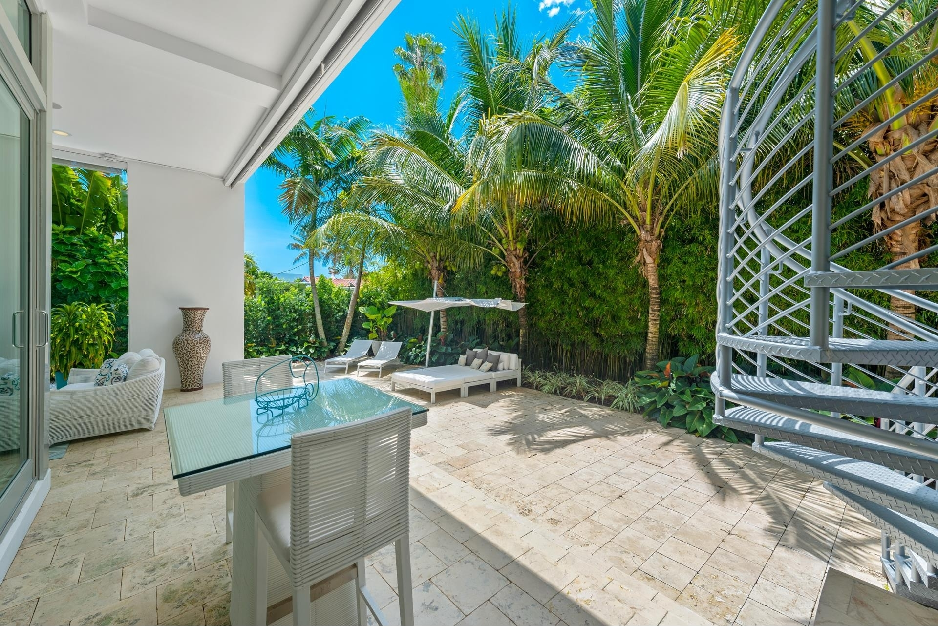 12. Single Family Homes pour l Vente à Hibiscus Island, Miami Beach, FL 33139