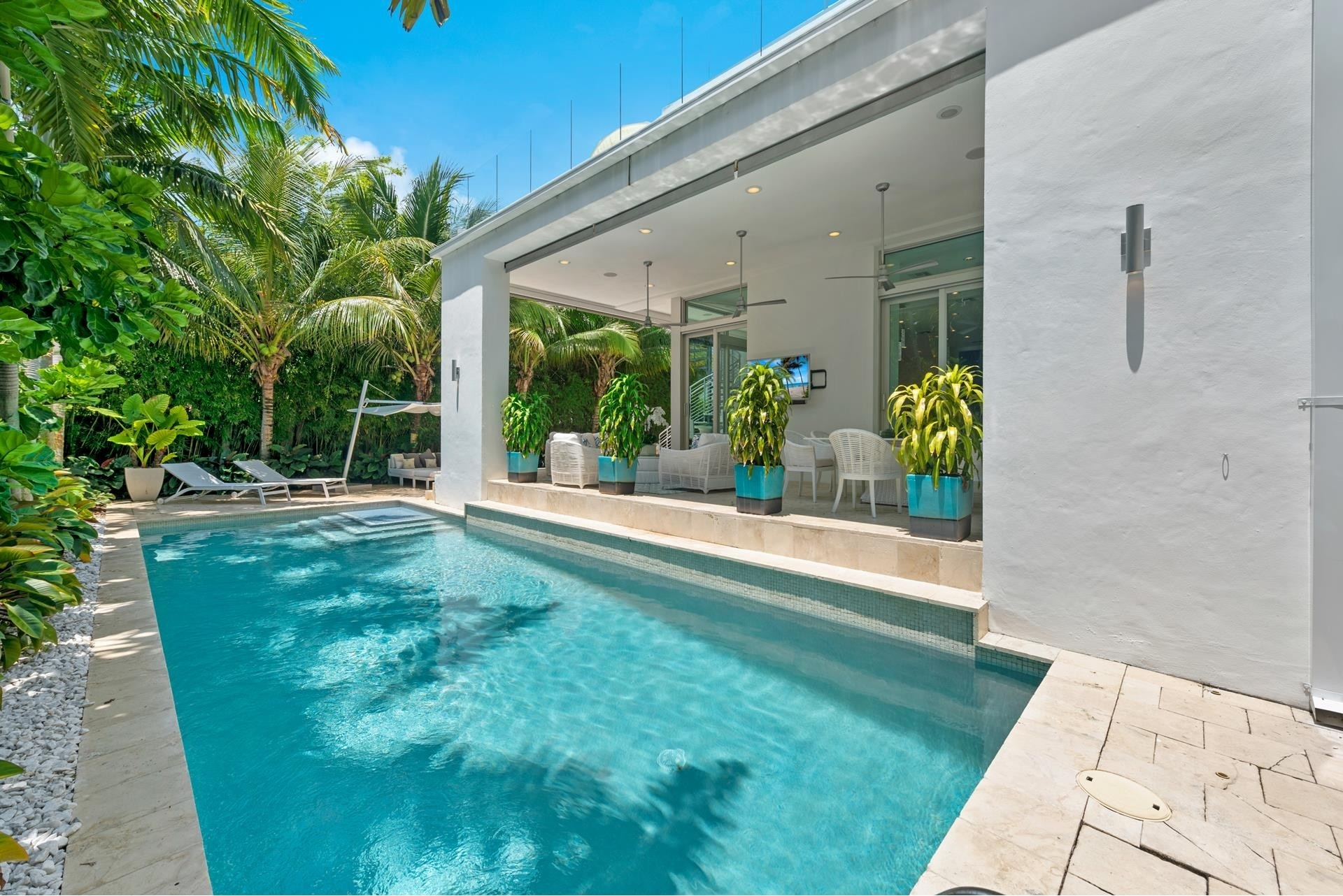 6. Single Family Homes pour l Vente à Hibiscus Island, Miami Beach, FL 33139