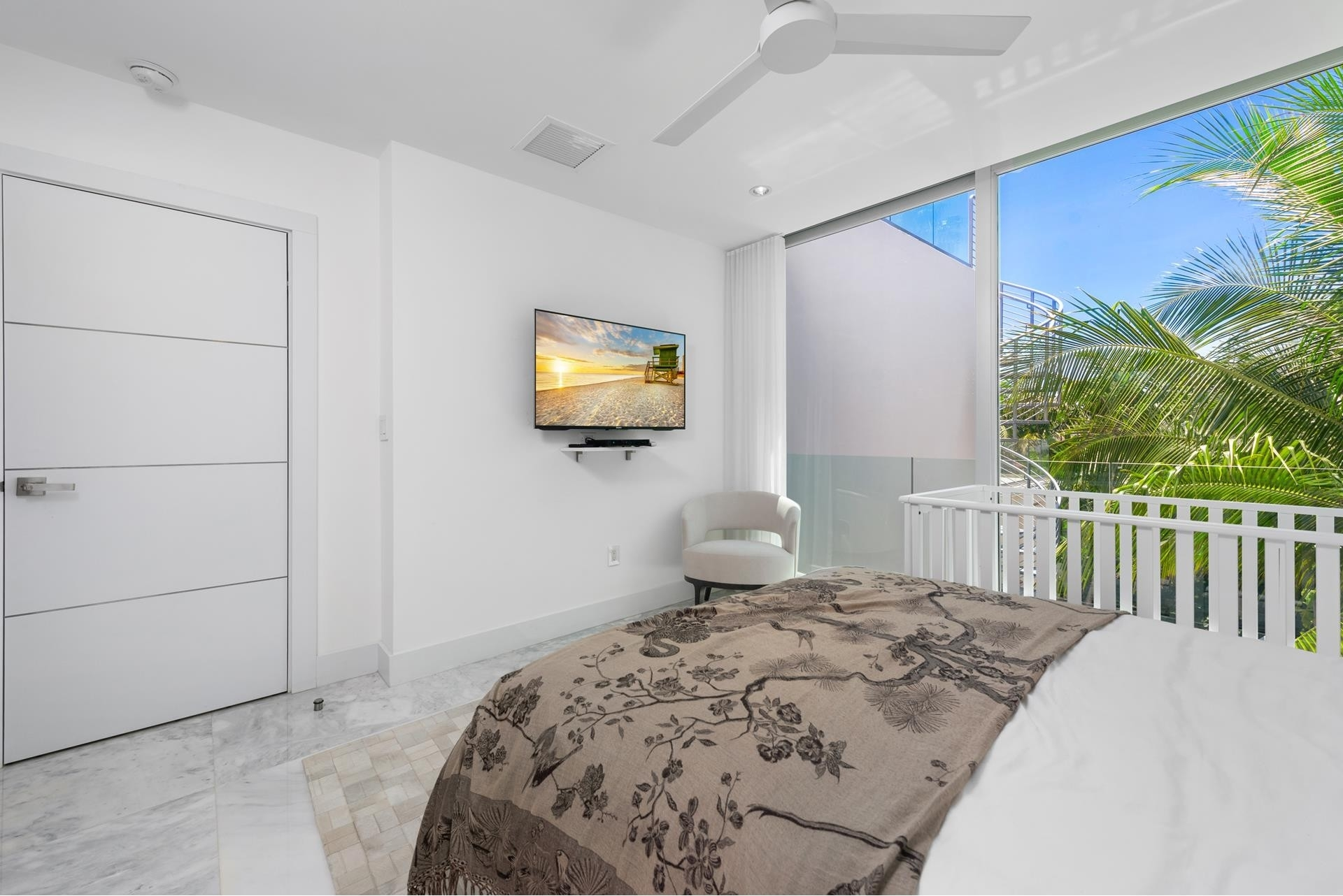 35. Single Family Homes pour l Vente à Hibiscus Island, Miami Beach, FL 33139