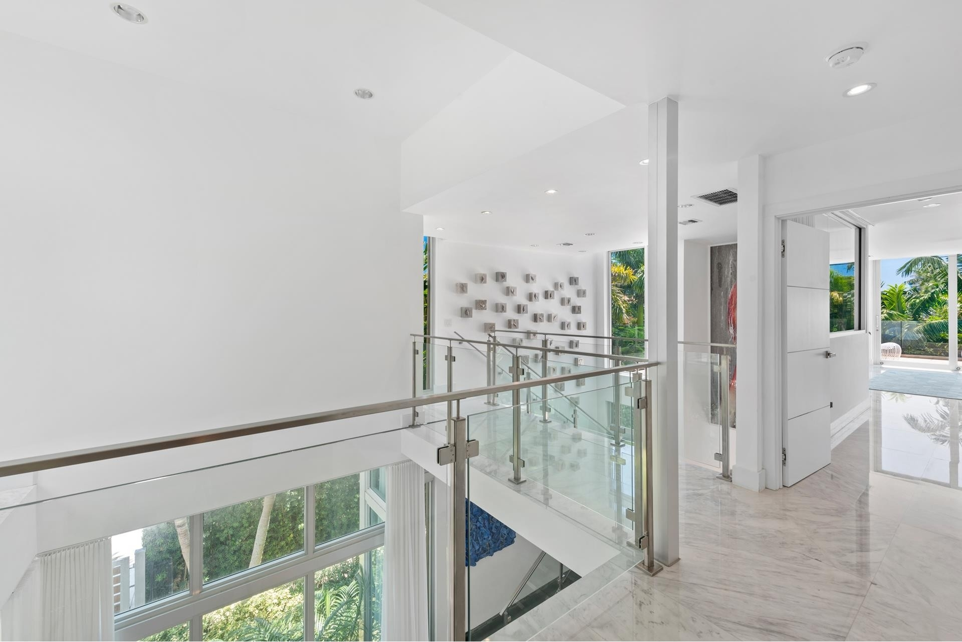 27. Single Family Homes pour l Vente à Hibiscus Island, Miami Beach, FL 33139