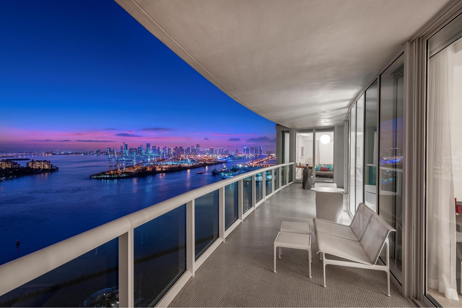 Condominium for Sale at 1000 S Pointe Dr , 2602 SoFi, Miami Beach, FL 33139