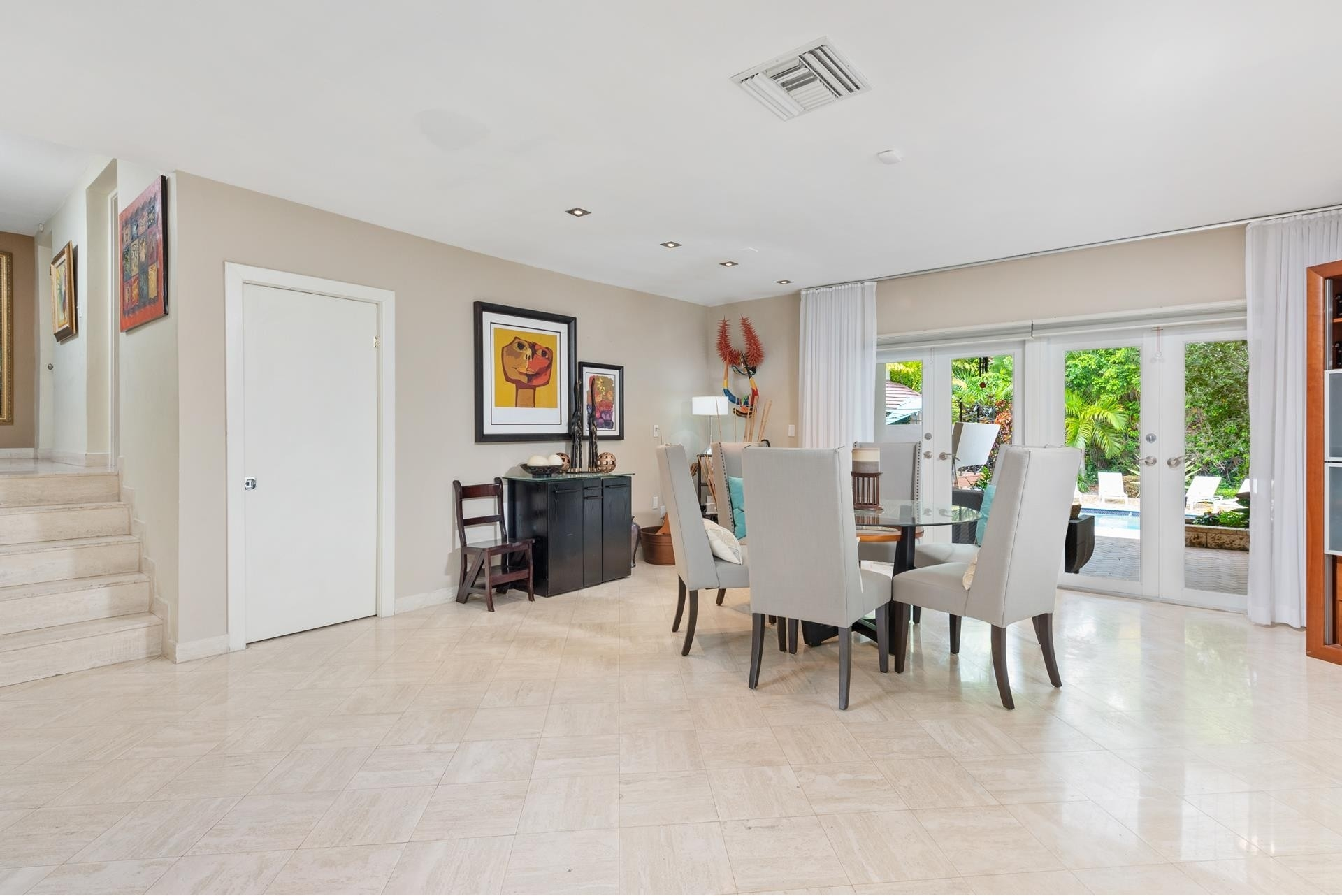 7. Single Family Homes for Sale at Cocoplum, Coral Gables, FL 33143
