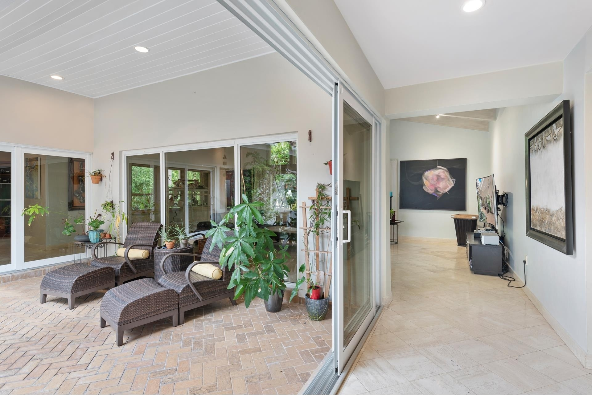 19. Single Family Homes for Sale at Cocoplum, Coral Gables, FL 33143