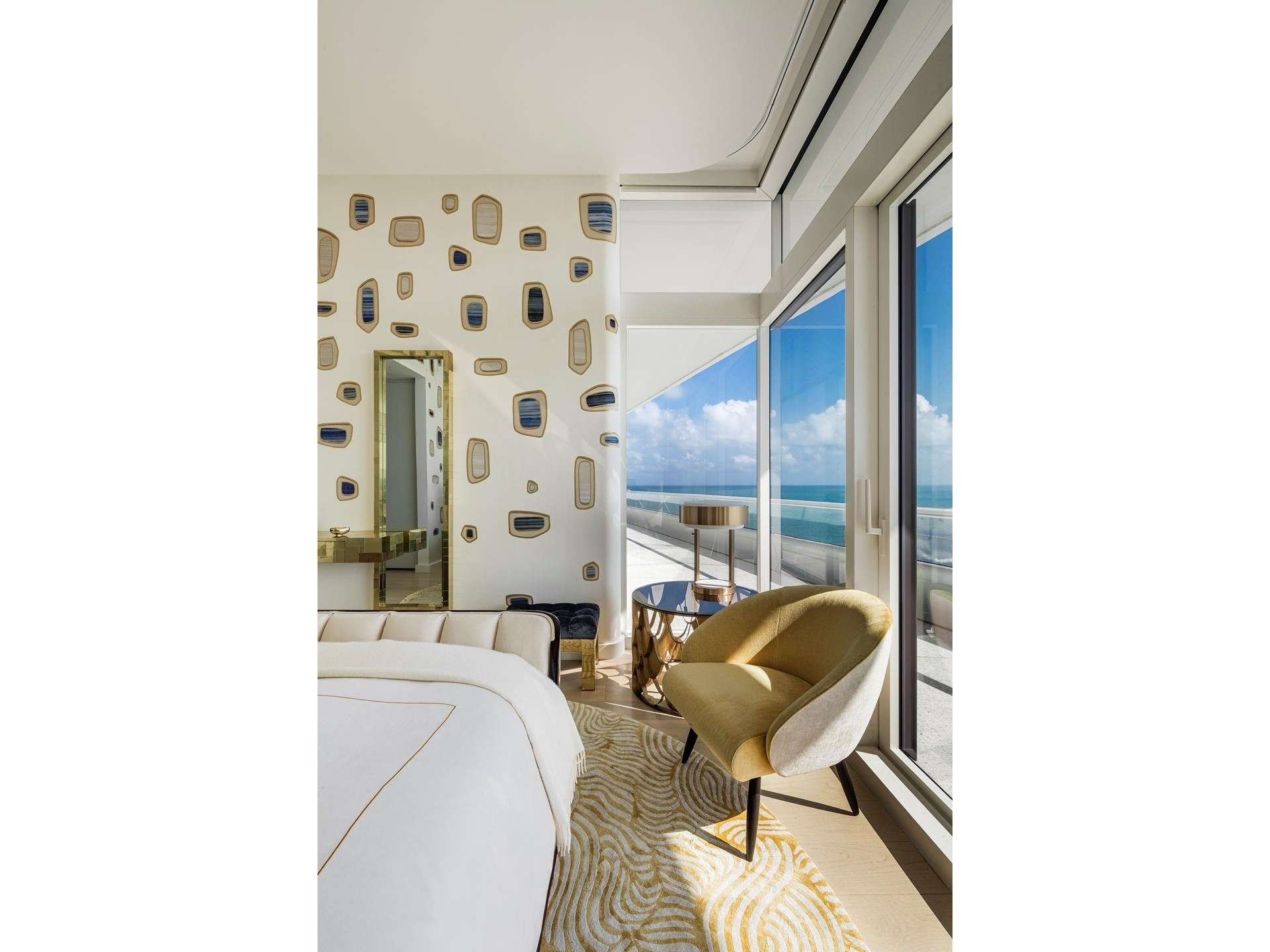 13. Condominiums for Sale at 3315 Collins Ave , PH-A Ocean Front, Miami Beach, FL 33140