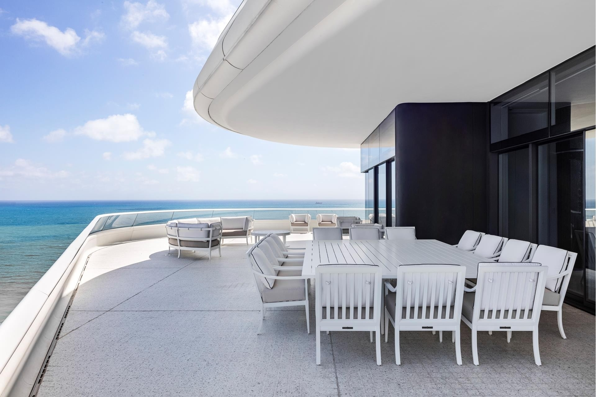 11. Condominiums for Sale at 3315 Collins Ave , PH-A Ocean Front, Miami Beach, FL 33140