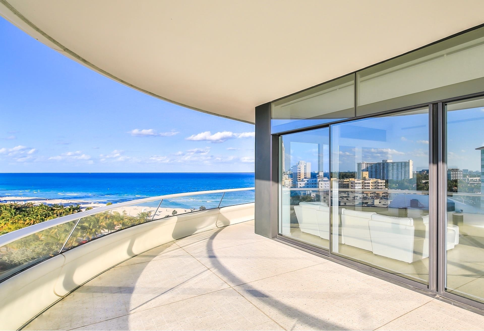 6. Condominiums 為 特賣 在 3315 Collins Ave , 9C Ocean Front, Miami Beach, FL 33140