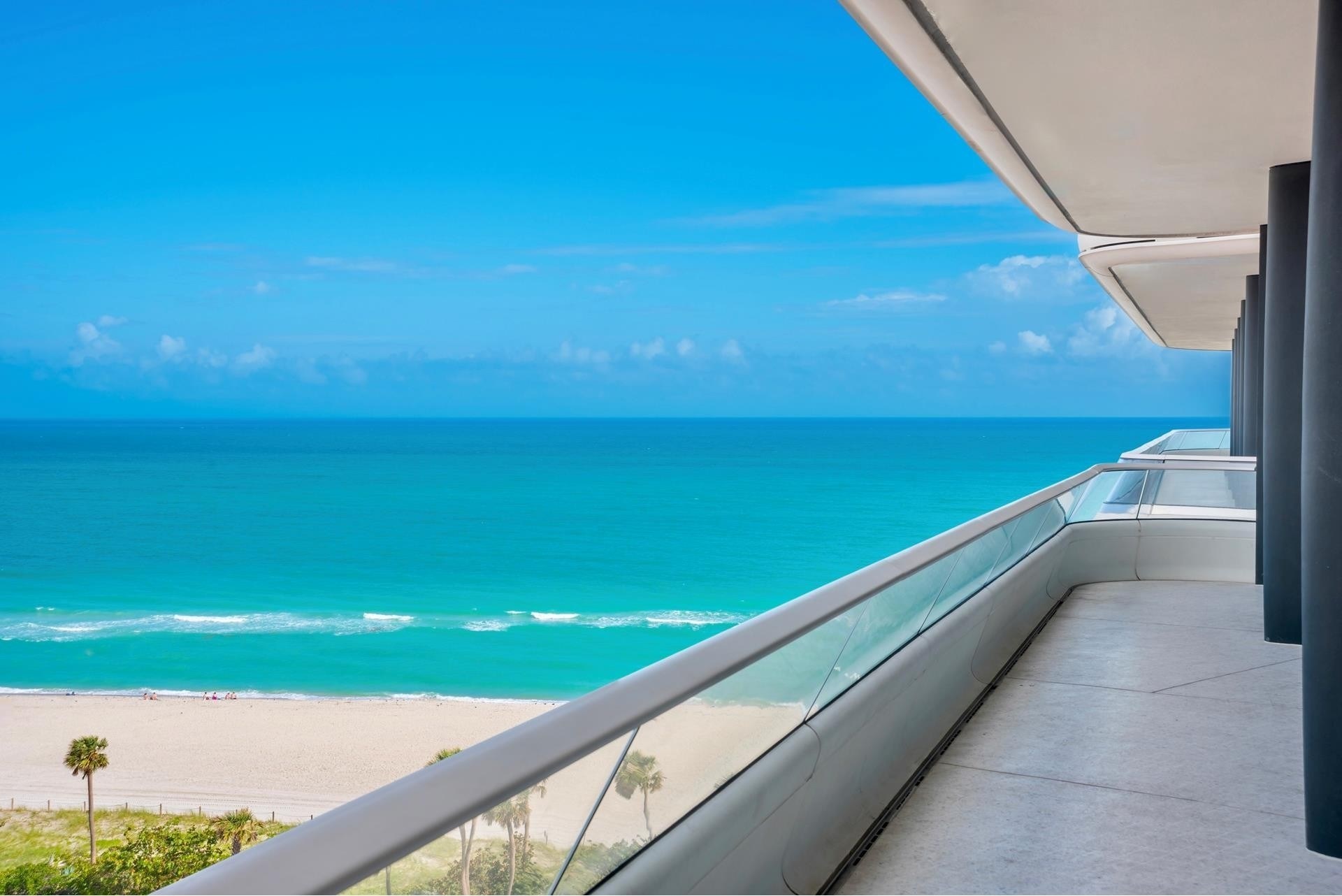 7. Condominiums 為 特賣 在 3315 Collins Ave , 9C Ocean Front, Miami Beach, FL 33140
