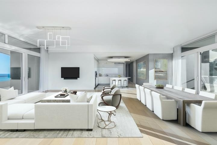 2. Condominiums 為 特賣 在 3315 Collins Ave , 9C Ocean Front, Miami Beach, FL 33140