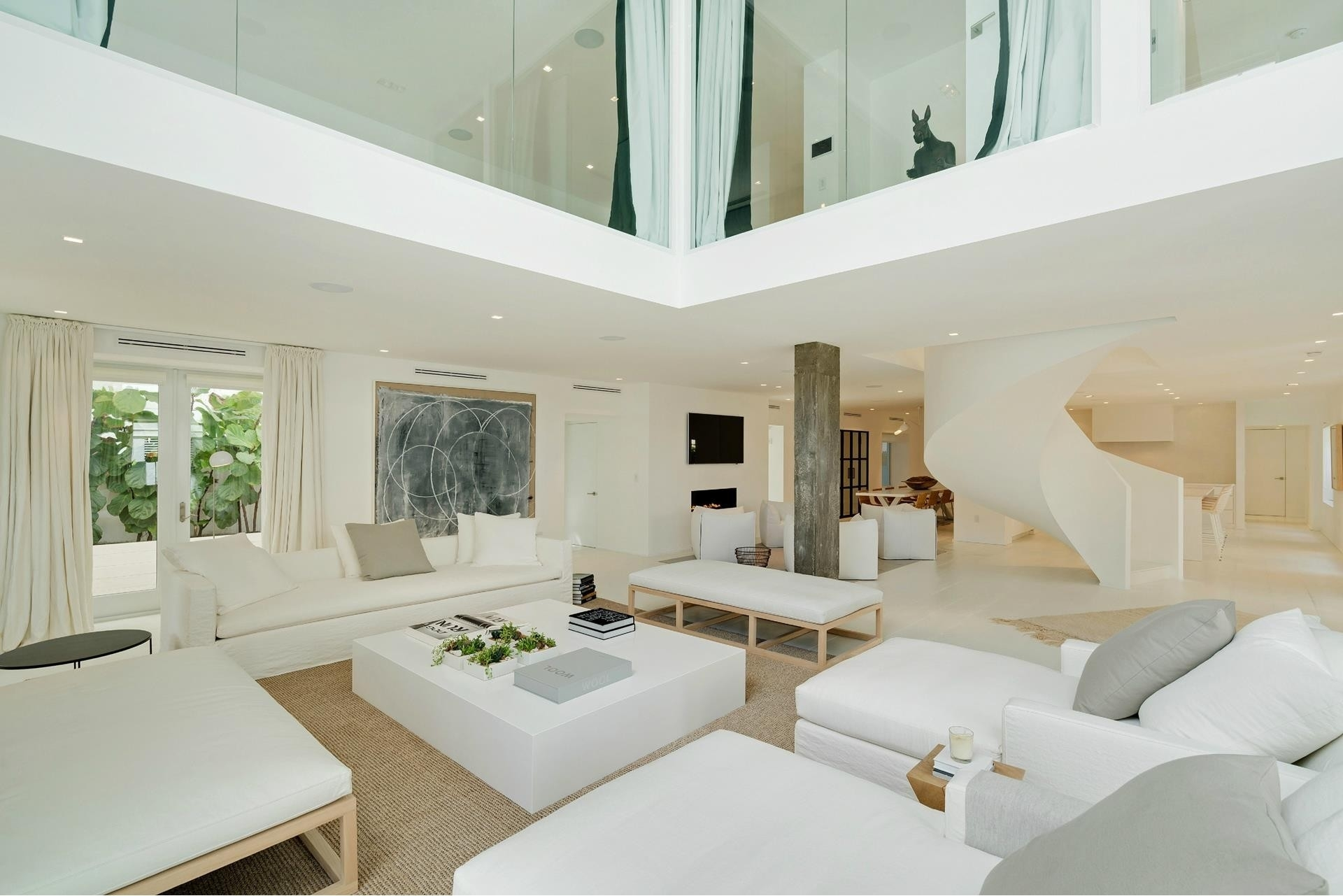 9. Single Family Homes for Sale at SoFi, Miami Beach, FL 33139