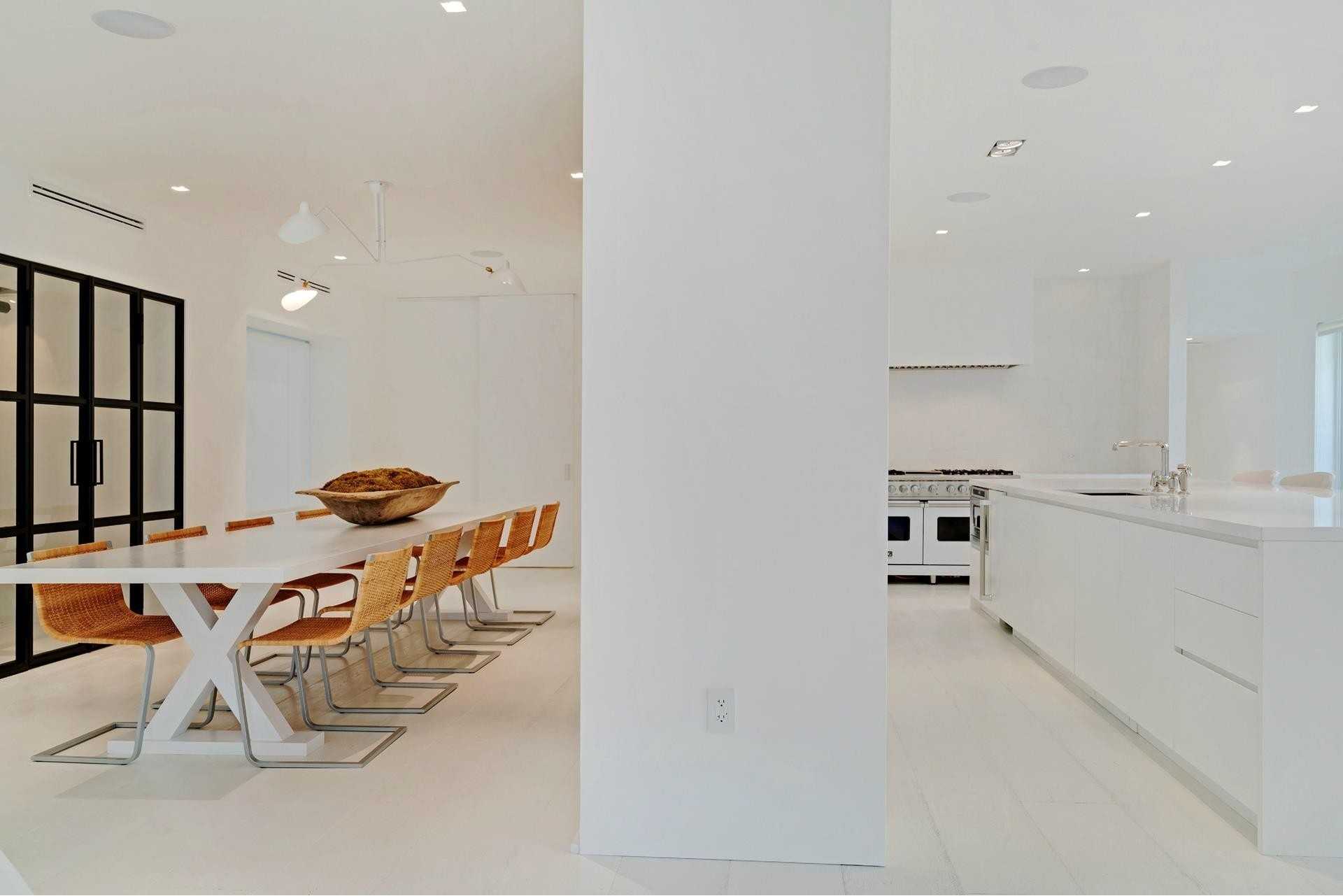 16. Single Family Homes for Sale at SoFi, Miami Beach, FL 33139