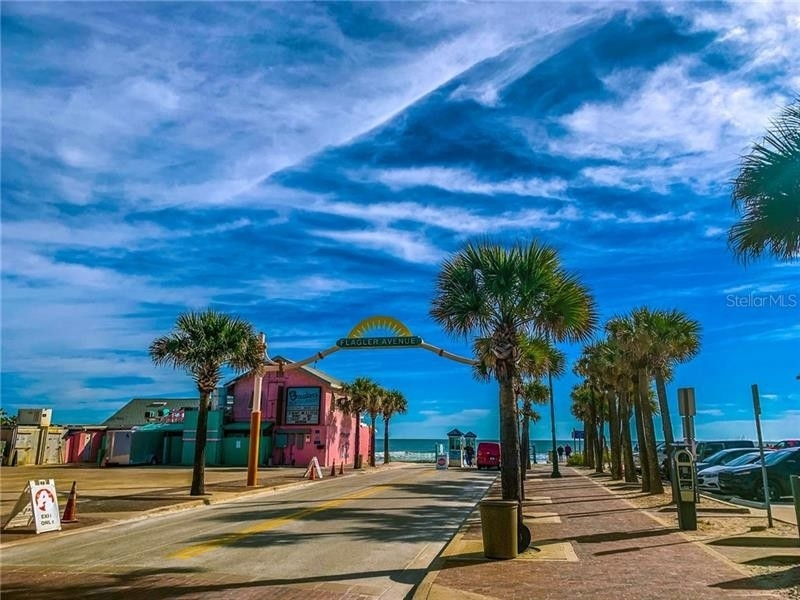 15. Commercial for Sale at Central Beach, New Smyrna Beach, FL 32169