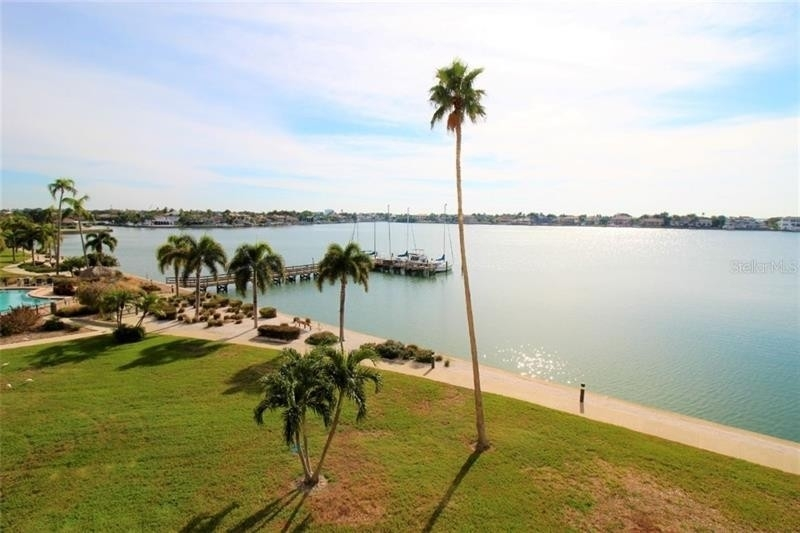 Condominium for Sale at 5130 BRITTANY DRIVE S, 402 Point Brittany Community, St. Petersburg, FL 33715