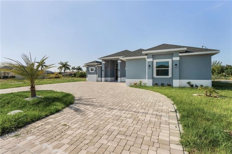 Single Family Home for Sale at Hancock, Cape Coral, FL 33990