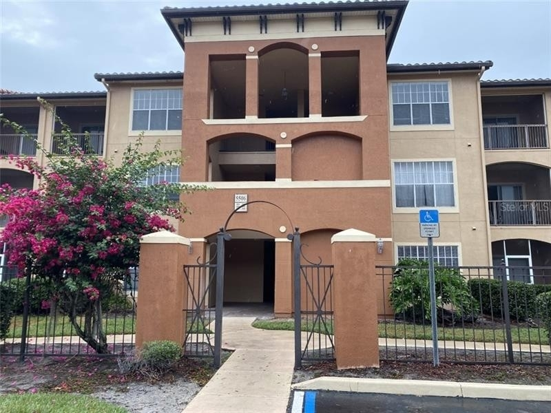 1. Condominiums for Sale at 5506 METROWEST BOULEVARD, 13-303 Kirkman North, Orlando, FL 32811