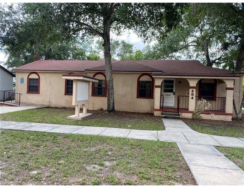 Commercial / Office for Sale at Downtown Tavares, Tavares, FL 32778