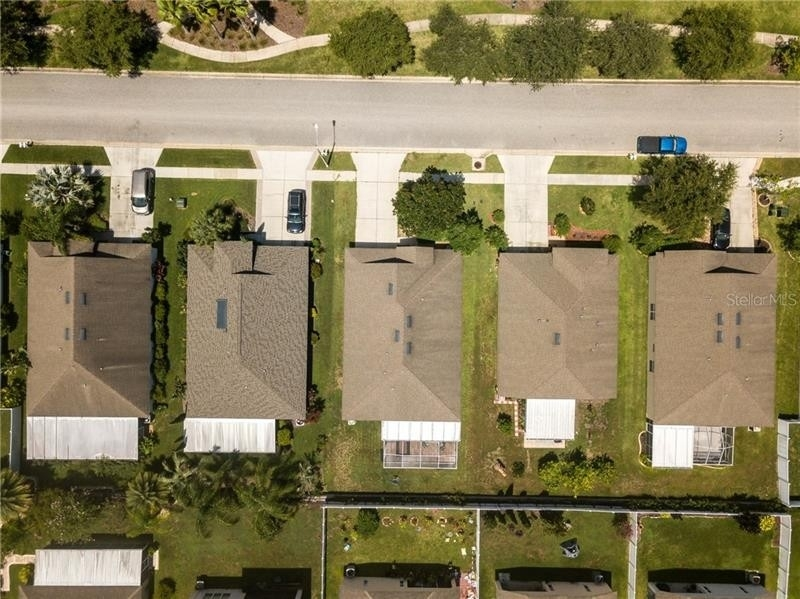25. Single Family Homes for Sale at Palm Cove, Wesley Chapel, FL 33545