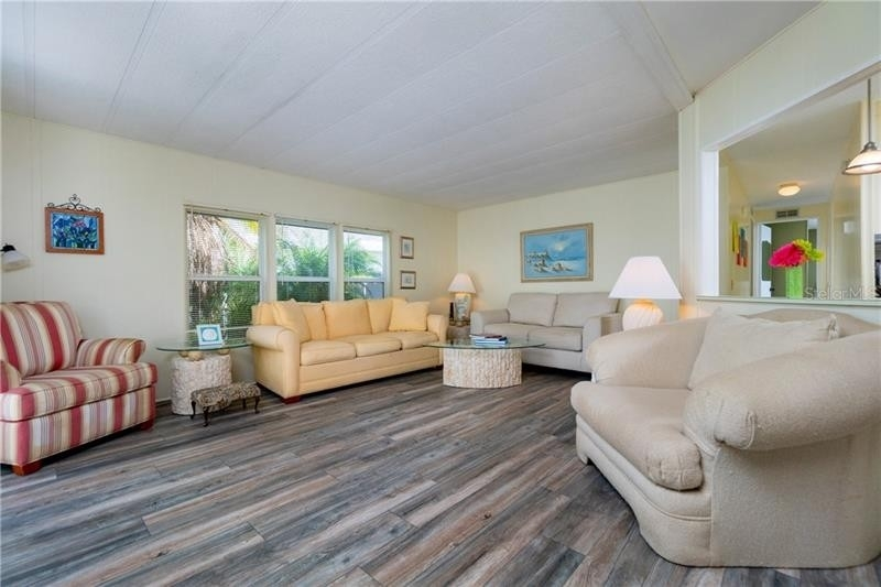 8. Single Family Homes por un Venta en 2100 KINGS HIGHWAY, 445 Maple Leaf Golf and Country Club, Port Charlotte, FL 33980