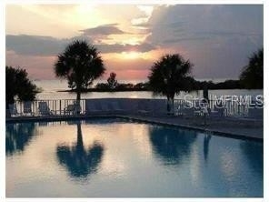 Condominium por un Venta en 5915 SEA RANCH DRIVE, 203W Gulf Island Beach and Tennis Club, Hudson, FL 34667