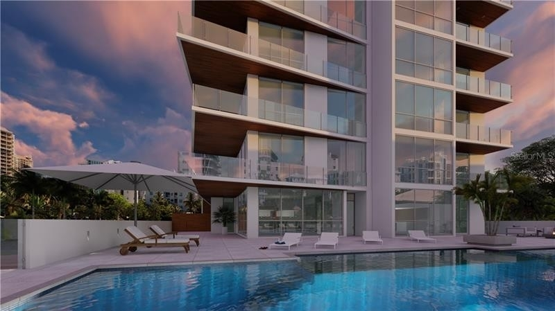 Condominium por un Venta en 111 GOLDEN GATE POINT, PH-702 Golden Gate Point, Sarasota, FL 34236