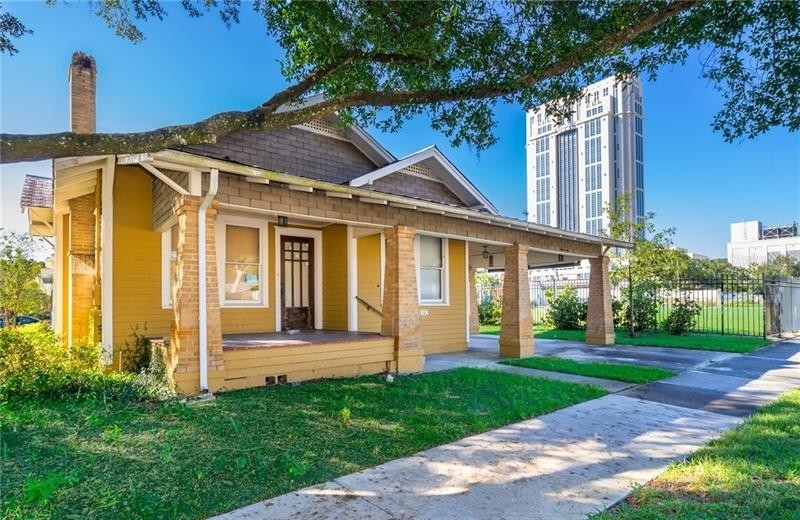 Single Family Home for Sale at Lake Eola Heights Historic District, Orlando, FL 32801