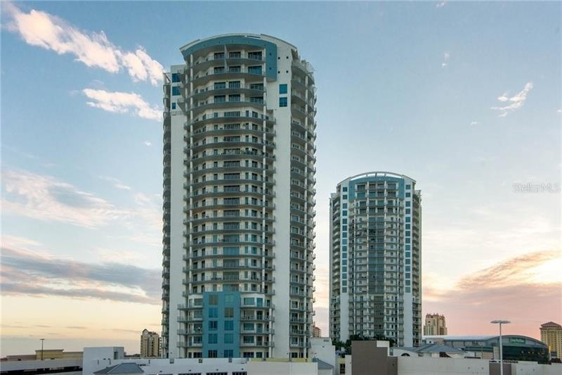 Condominium для того Продажа на 449 S 12TH STREET, 1801 Channel District, Tampa, FL 33602