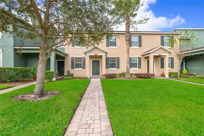 Single Family Townhouse for Sale at East Park, Orlando, FL 32832
