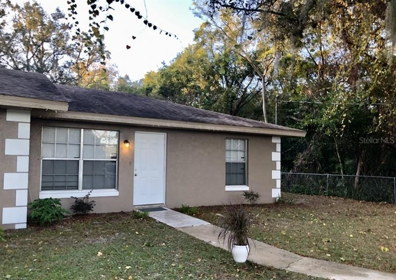 Single Family Townhouse at Sebring, FL 33870