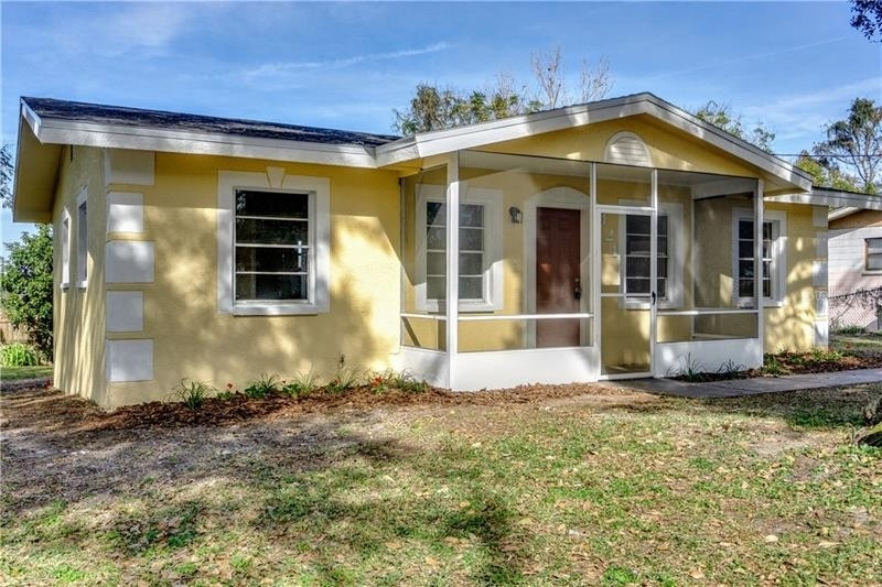 Single Family Home for Sale at Lake Hamilton, FL 33851