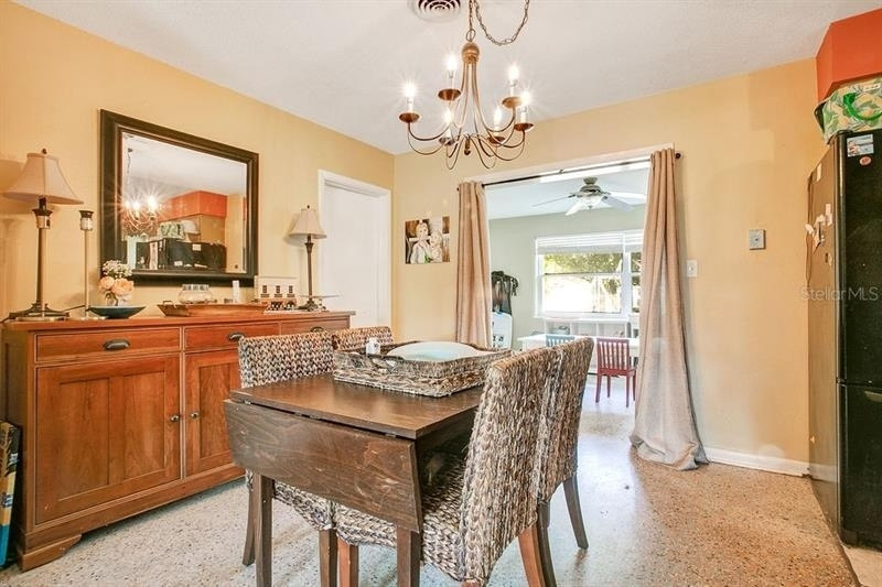 7. Single Family Homes for Sale at Dover Shores East, Orlando, FL 32812