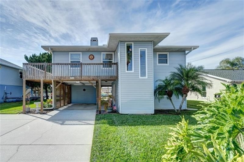 Single Family Home for Sale at Hernando Beach, FL 34607