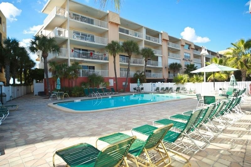 Condominium 為 特賣 在 19610 GULF BOULEVARD, 209 Indian Rock South Shore, Indian Shores, FL 33785