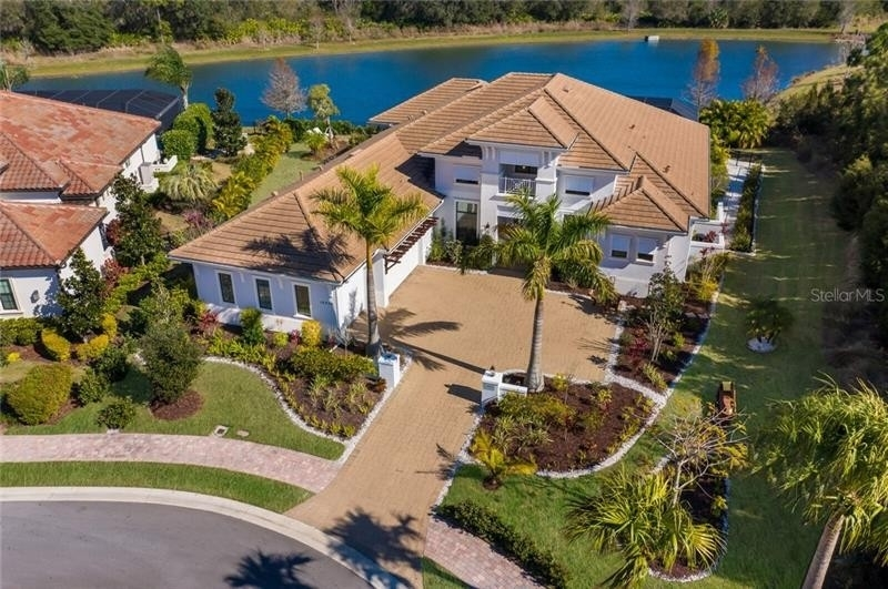 2. Single Family Homes for Sale at Country Club East, Bradenton, FL 34202