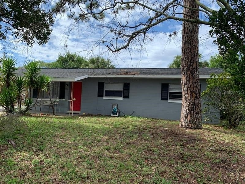 Property à Neighborhood K, Daytona Beach, FL 32117