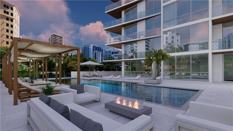 Condominium por un Venta en 111 GOLDEN GATE POINT, PH-701A+B Golden Gate Point, Sarasota, FL 34236
