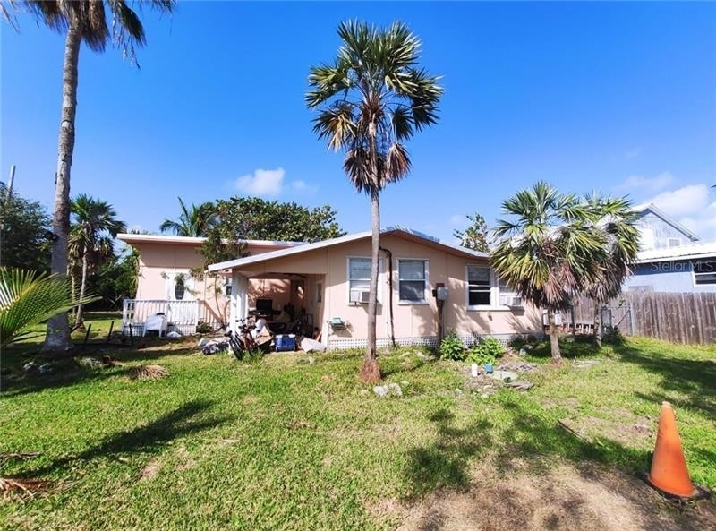 Single Family Home for Sale at Sugarloaf Key, FL 33042