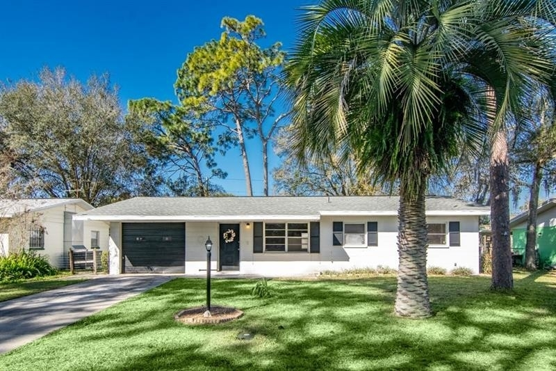 Single Family Home for Sale at Colony Heights, Zephyrhills, FL 33542