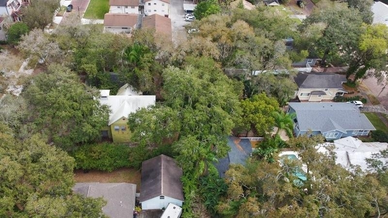 25. Single Family Homes for Sale at Bungalow Park, Orlando, FL 32801