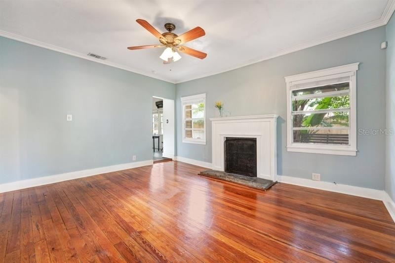 7. Single Family Homes for Sale at Bungalow Park, Orlando, FL 32801