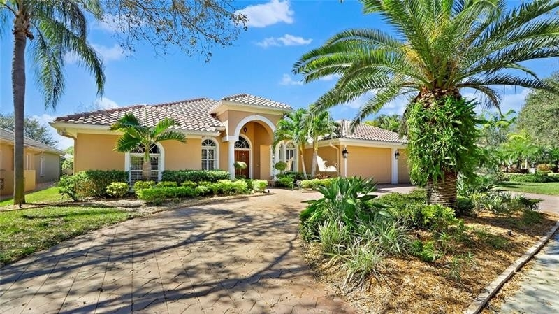 Single Family Home for Sale at Bayou Club, Largo, FL 33777